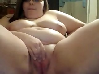 BBW Teen with Big Tits Masturbate - Live On Showhotcams.com